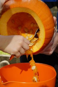 Simple pumpkin carving out the inside