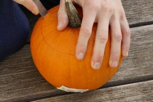 simple-pumpkin carving removing lid