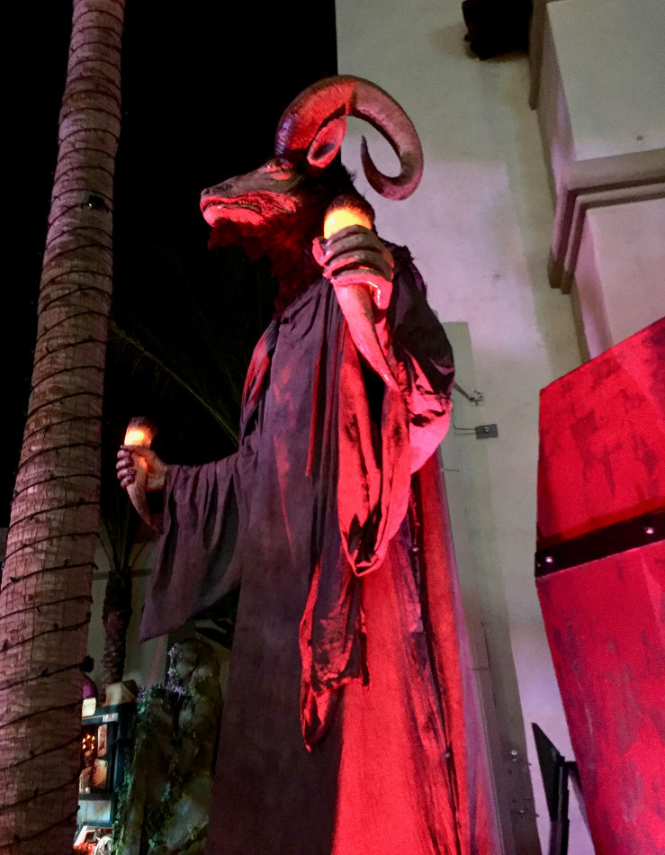 Krampus creature HHN Hollywood 2018